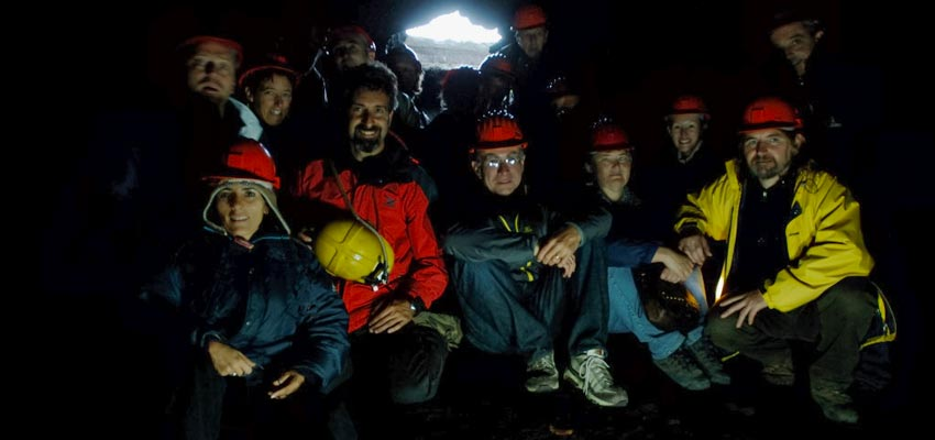 Exploring Etna caves with one of the best belgian groups of customers ever