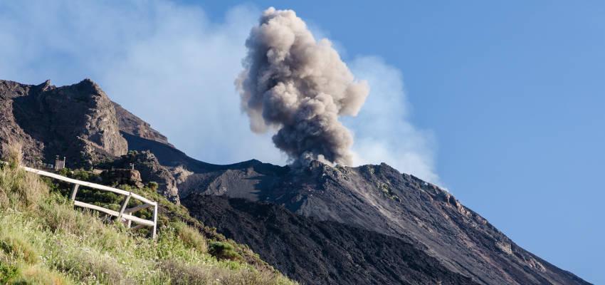 Stromboli ash cloud